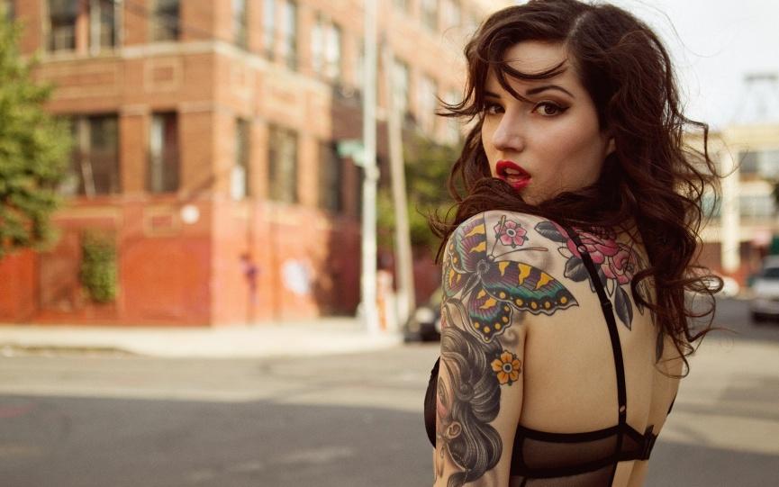 Меняем имидж. Недостатки и преимущества татуировок