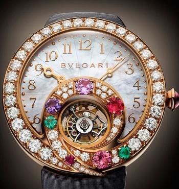 """Мини-коллекция часов от BVLGARI """"Berries"""""""