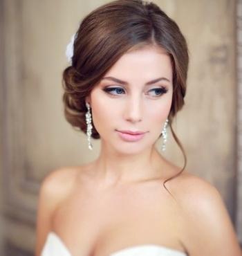 Свадебная прическа и макияж на дому
