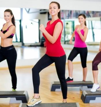 Степ-аэробика: как провести эффективную тренировку?
